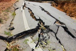 bigstock-Broken-Road-By-An-Earthquake-I-64663573-760x506.jpg